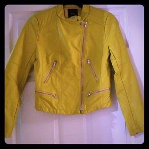 74eed62e13cb51 ... NWOT FOREVER 21 Chartreuse Moto Biker Jacket ...